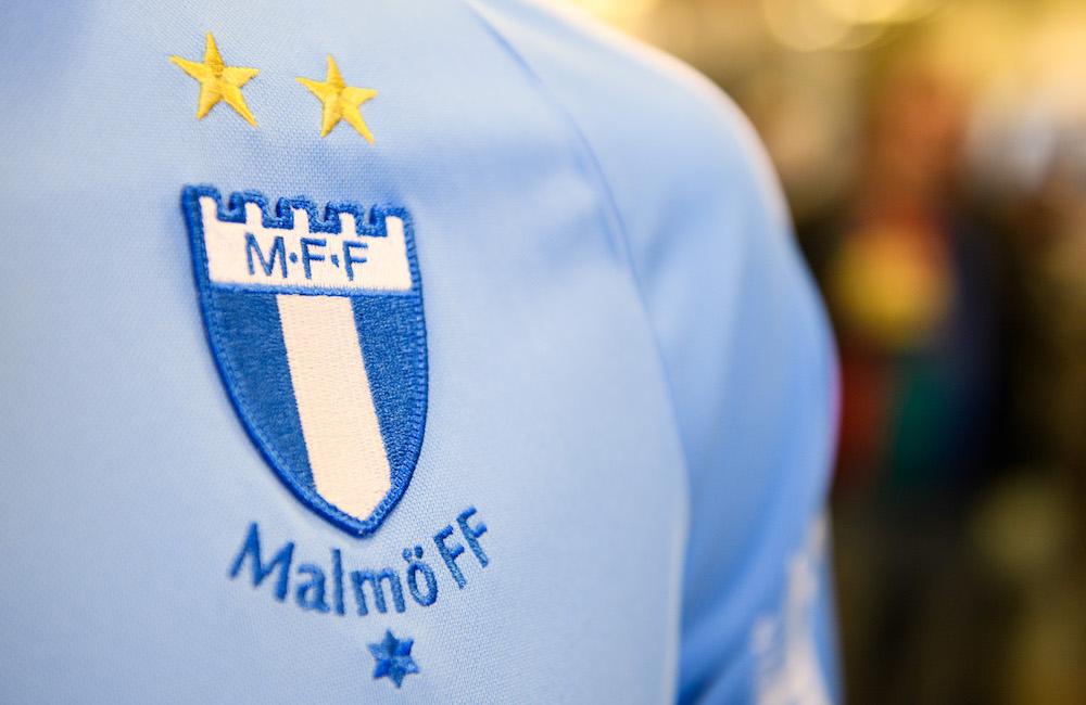 Frispark i slutminuterna räddade poäng för MFF P19